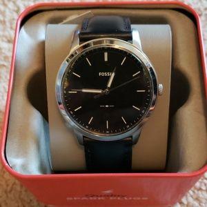 Fossil minimalist three-hand black leather watch